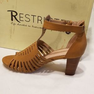 Womens Restricted Strappy Pump Sandals in Whiskey